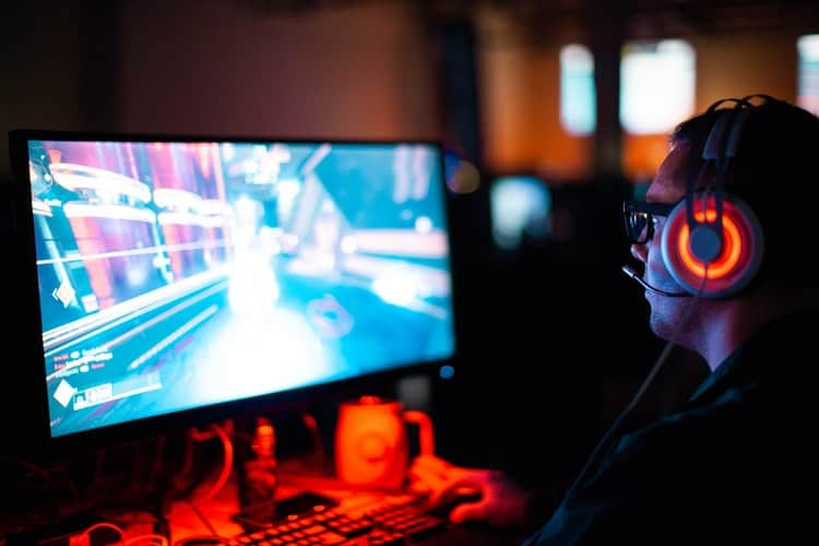 How to Turn Your Gaming Hobby into a Successful Career